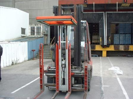 Стабилизатор груза ( прижимная платформа) на мультипаллетных вилах